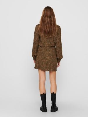 15232617 black/brown